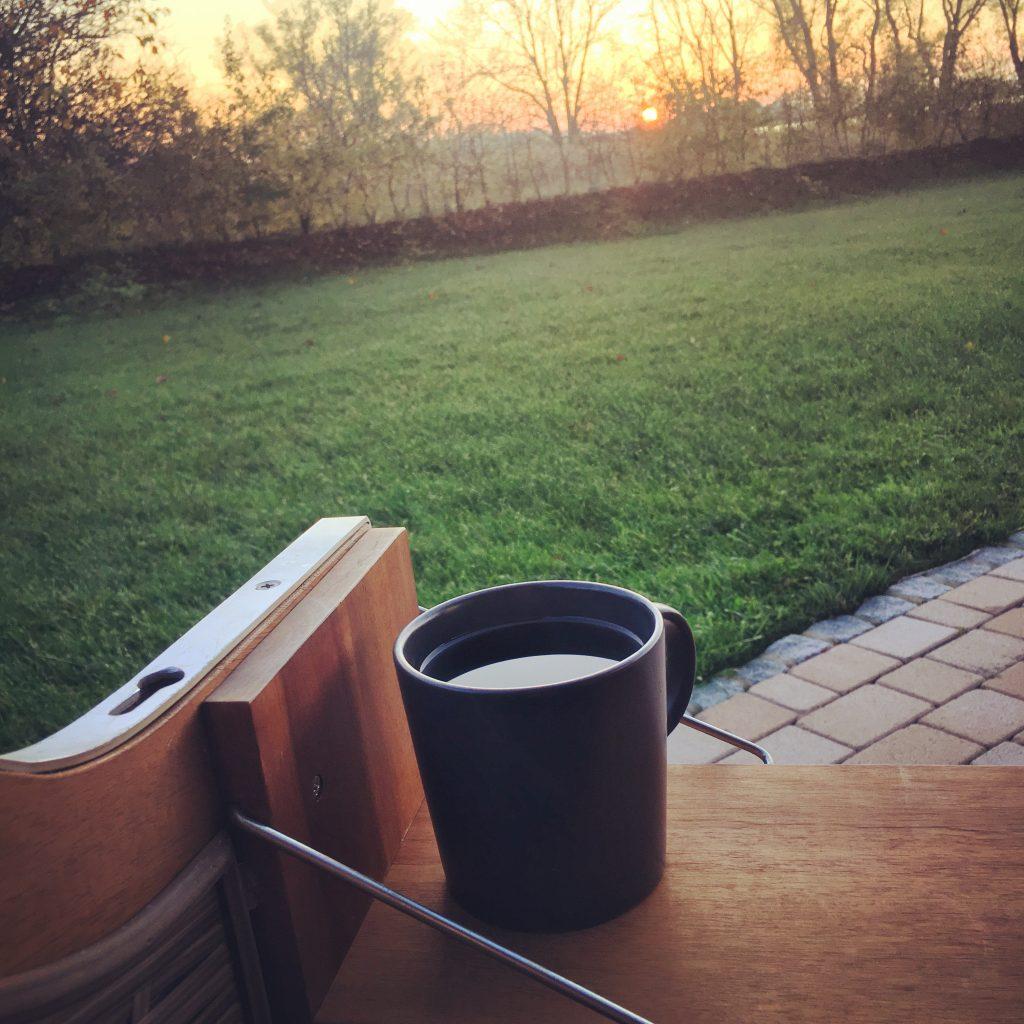 Terrasse im Sonnenuntergang